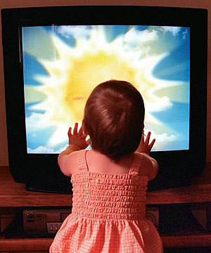 television kids essay Obesity prevention source studies that follow children over long periods of time have consistently found that the more tv children watch.